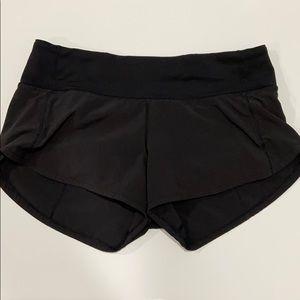 Black speed up lululemon shorts